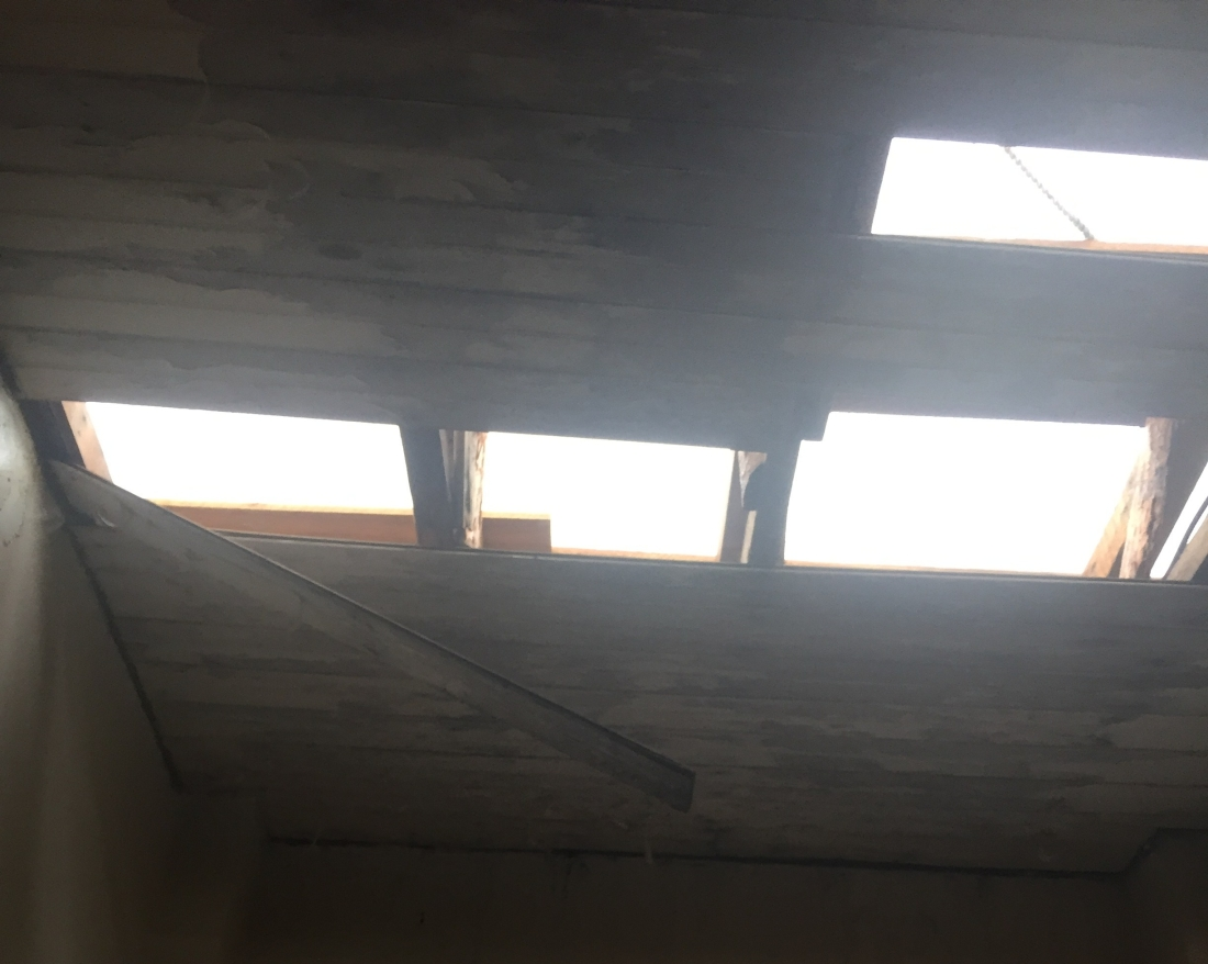 hurricane damage of apartment roof in puerto rico